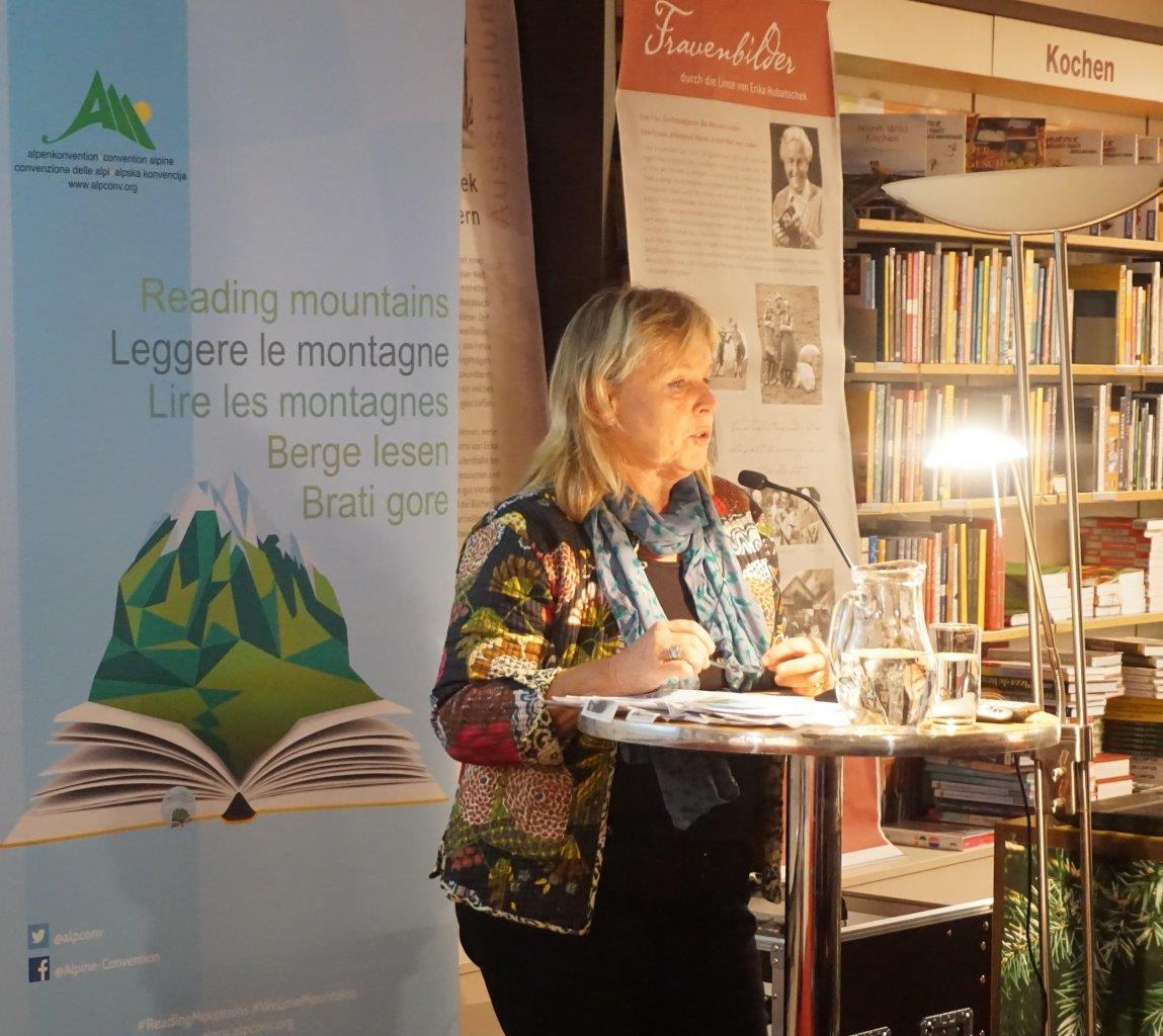 """Buchpräsentation """"Das alte Tux as it was"""" im Rahmen von BERGE LESEN in der Tyrolia, Innsbruck   Edition Hubatschek"""